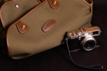 Fujifilm X100F and Billingham Hadley Large